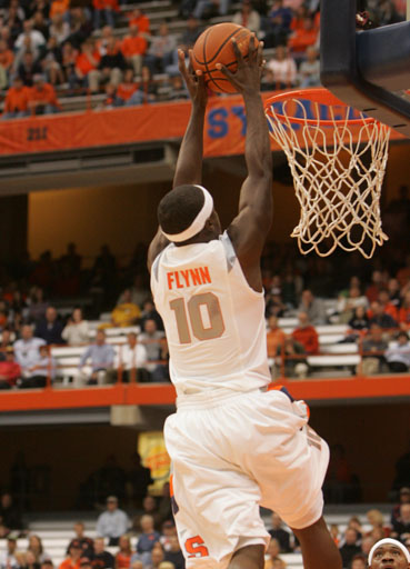 "Can the 6'0"" Flynn fly over the Gators?"